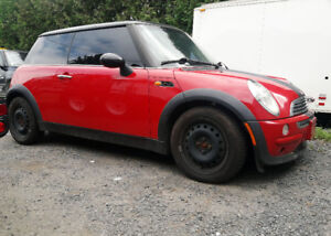 2002 Mini Cooper Classic with Upgraded Exhaust