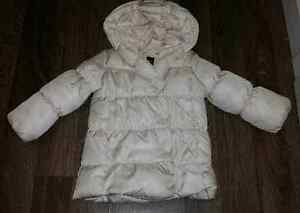 Gap. Size 3T. Worn only once!!