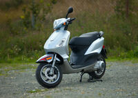 For Sale 2010 Piaggio Fly 150 - $2700 ONO