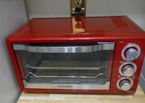 New Red Hamilton Beach Toaster Oven