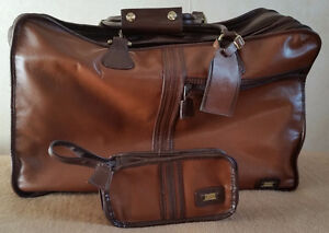 LAND leather briefcase (US$420+ value)