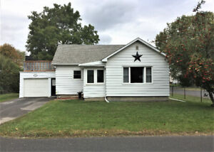 JUST LISTED!   111 MALEY ST