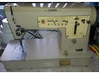 Singer sewing machine. Zig zag model 457. 1960's
