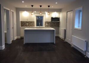 2bed/2bath/980 sq ft *beautiful * modern * new *in Leslieville