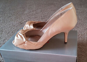 Never worn bronze/champagne high heels - Retail value $60