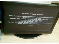32 LCD TV with built-in Freeview