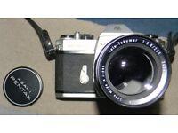 Asahi pentax Spotmatic 11 camera with 200mm lens