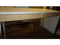 USED STURDY CONDITION, A NICE WHITE/ WOOD EFFECT DESK WITH 2 DRAWS
