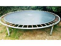 Trampoline 10ft for sale