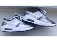 Boys Nike air
