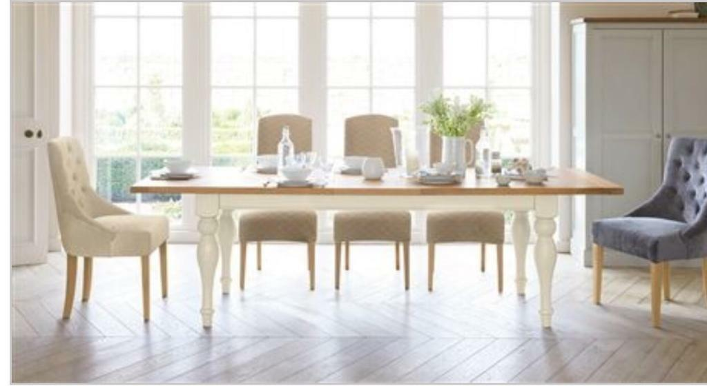 Next Shaftesbury Extendable Dining Table Plus 8 Chairs