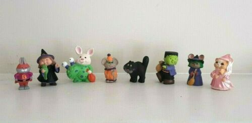 Hallmark merry miniature Halloween witch black cat Frankenstein alien lot