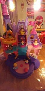 Chateau little people Fisher Price