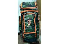 Large Camouflage Duffle cricket bag. brand new ,Very big size. Great value for money