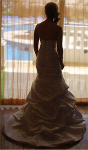 Mermaid Style Wedding Dress size 8