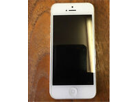 iPhone 5 gold spairs or repairs mint condition