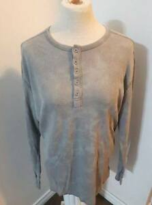 EUC Men's Waffle Knit Shirt