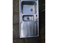 Right hand drain stainless steel sink. In vgc