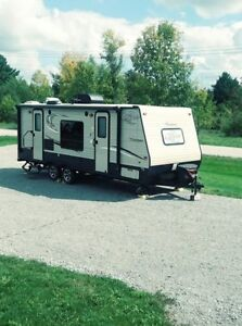 21 ft Coachman Clipper RV at Fall pricing!!