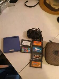 Gameboy Advance SP + games+ extras