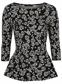 Size 18 Black & White Floral Print Peplum Top (NEW)