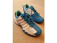 Tennis Shoes - Good as new - Size 7