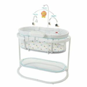 Fisher-Price Soothing Motions Bassinet - Almost New Barely Used