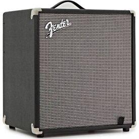 Fender Rumble 100 bass combo - like new