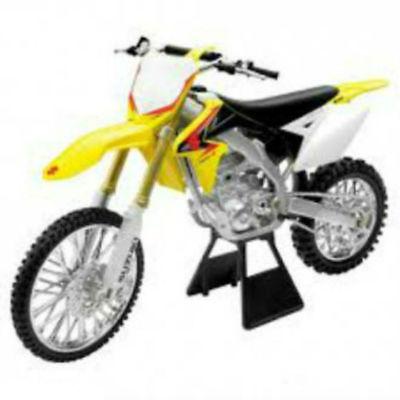 Newray Suzuki Rmz 450 2008 de Metal & Plástico Moto Bicicleta Modelo 1:18 Escala