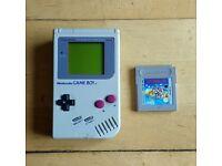 Original Nintendo Gameboy and game