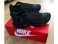 Brand New Nike Tns Black Size 8 for £40