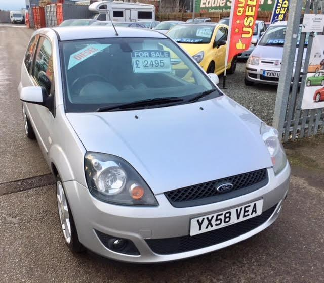 ford fiesta 1 4 tdci zetec blue 3dr stunning car fsh 30 tax silver 2008 in driffield. Black Bedroom Furniture Sets. Home Design Ideas