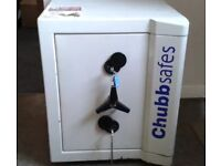 CHUBB SAFE-TYPE-EUROPA-VERY GOOD CONDITION