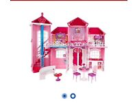 Malibu barbie Doll house new
