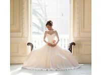 used naomi neoh fleur wedding dress. Seret Garden Collection. good condition.
