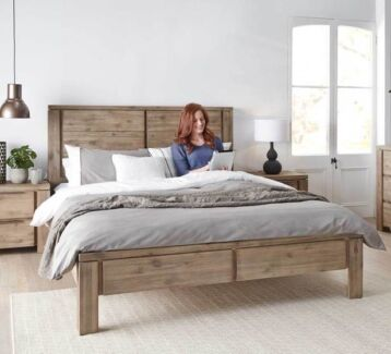 BRAND NEW RRP:$649 Toronto Queen Bed Frame