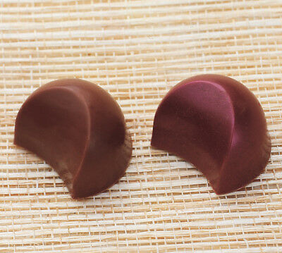 Martellato Polycarbonate Chocolate Mold Wedge 30x23mm x 18mm High, 24 Cavities 23 Chocolate Mold