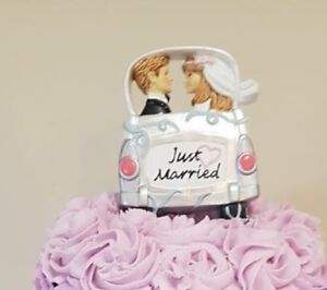 Cake topper wanted