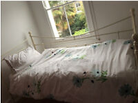 Single bed & guest bed with very good mattresses