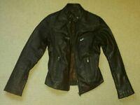 Ladies genuine leather jacket. Brown. Size 8