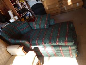 green lounge chair