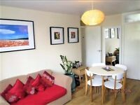 1 bedroom flat in Falcon Grove, London, SW11