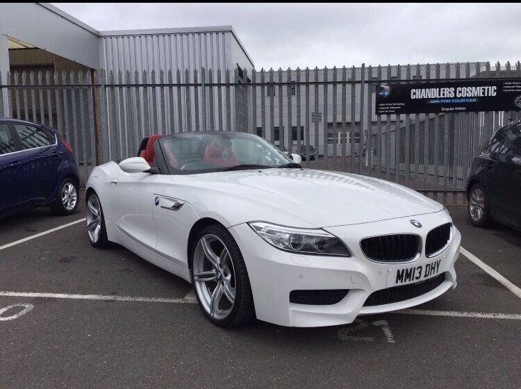 bmw z4 white red leather for sale in hove east sussex gumtree. Black Bedroom Furniture Sets. Home Design Ideas