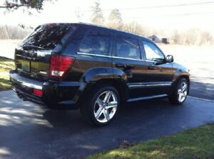 Great tires 2006 Jeep Grand Cherokee v8
