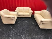 Cream leather 3 piece suite (Delivery Included)