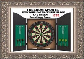 MVG TOUR DARTS CENTRE BLACK AND GREEN BRAND NEW BOXED REDUCED REDUCED !!!