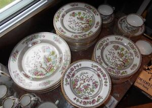 Copeland Spode Indian Tree Green and Pink Dinnerware Set Kingston Kingston Area image 5