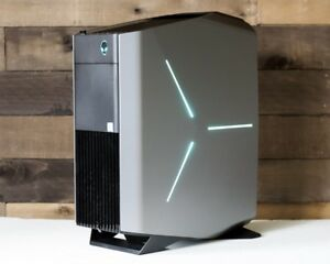 ALIENWARE AURORA GAMING SETUP SELLING ASAP!