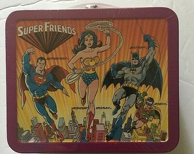 Hallmark School Days 1st Edition SUPER FRIENDS Lunch Box  Wonder Woman NEW