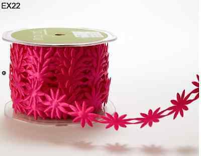 ( Satin Cutouts Ribbon - May Arts - EX22 - Fuchsia Daisys - 2 Yards)